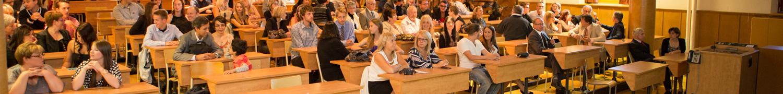 Parents et professeurs réunis pour l'entrée en clinique des étudiants de 3e année