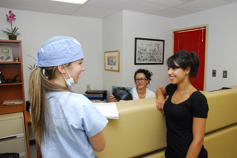 étudiante et patiente se rencontrent